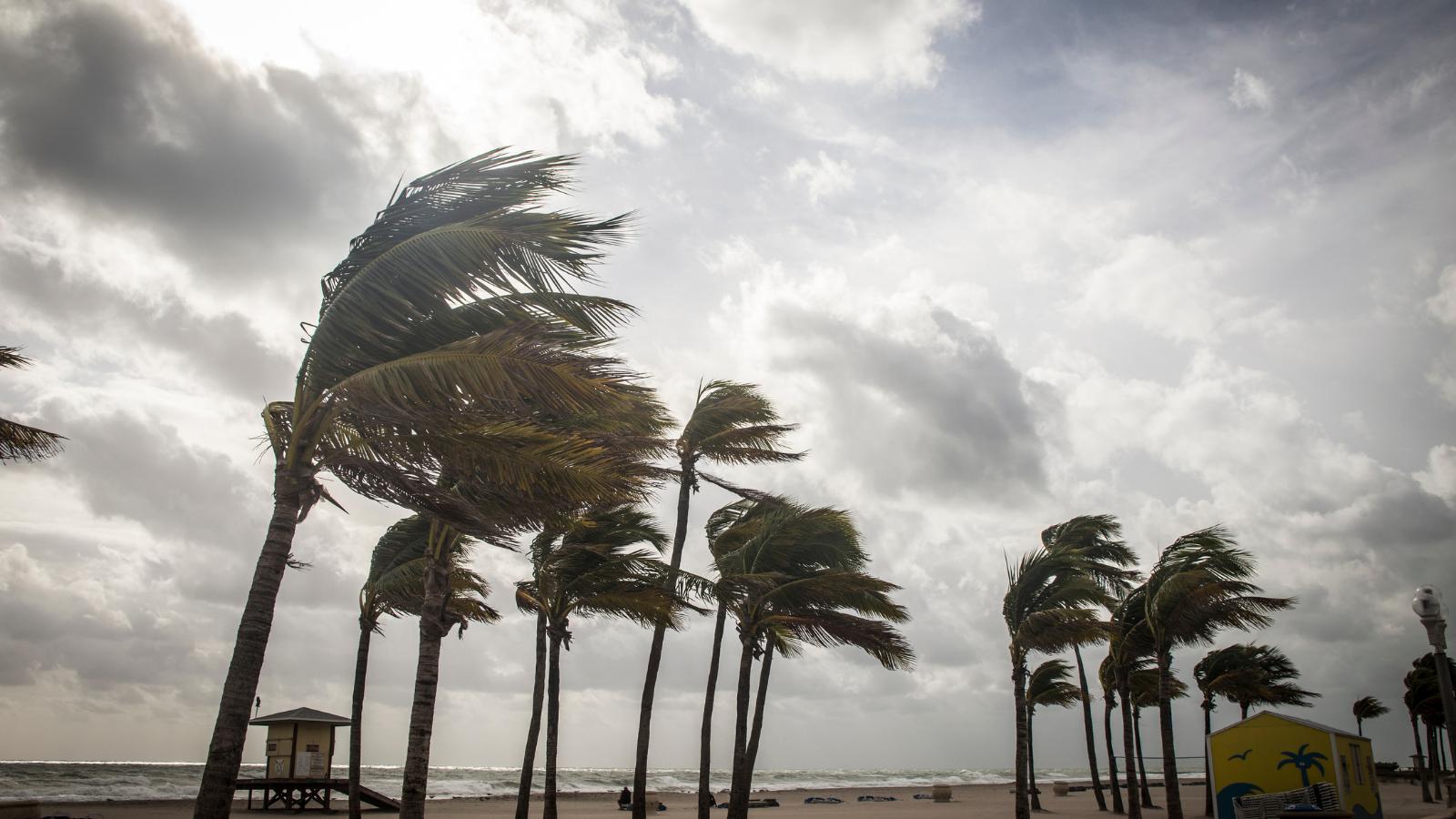 Hurricane-Preparedness-Backup-Communications-via-Satellite
